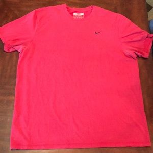 Nike Shirts - Men's Nike tshirt